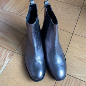 Kenneth Cole boots NWOT
